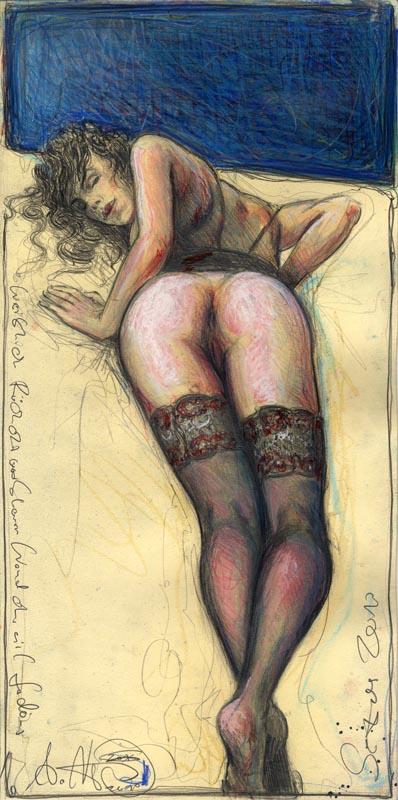 Weiblicher Rückenakt vor blauer Wand ohne viel Gedöns
