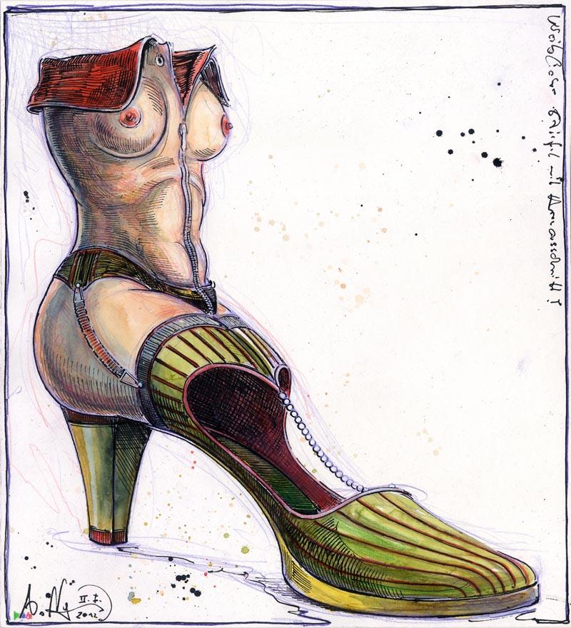 Weiblicher Schuh mit Herzausschnitt